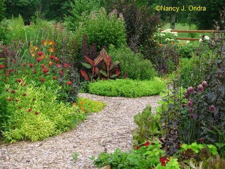 Garden Bloggers' Design Workshop – Paths and Walkways - Gardening ...