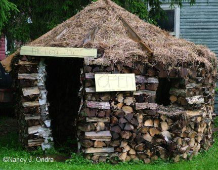 the-egg-house-in-vermont-august-08