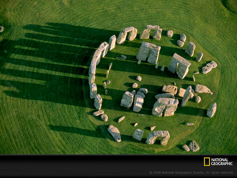 stonehenge-from-above-692016-sw