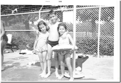 Dallas- 3 kids at pool