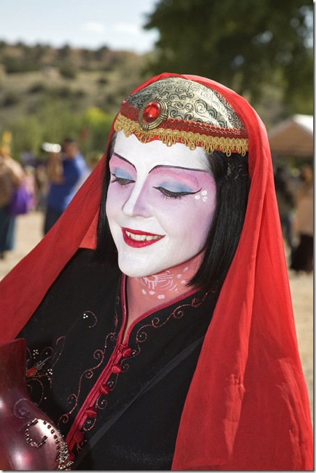 The Renaissance Fair is held each September at the historic museum of El Rancho de Las Golondrinas near Santa Fe and features dancers, kinghts, acrobats and many other performers all celebrating the culture and life style of the Medieval Middle Ages.  Clan Tynker is a family trouple that performs magic, juggling, acrobatics and other crowd pleasing feats. 