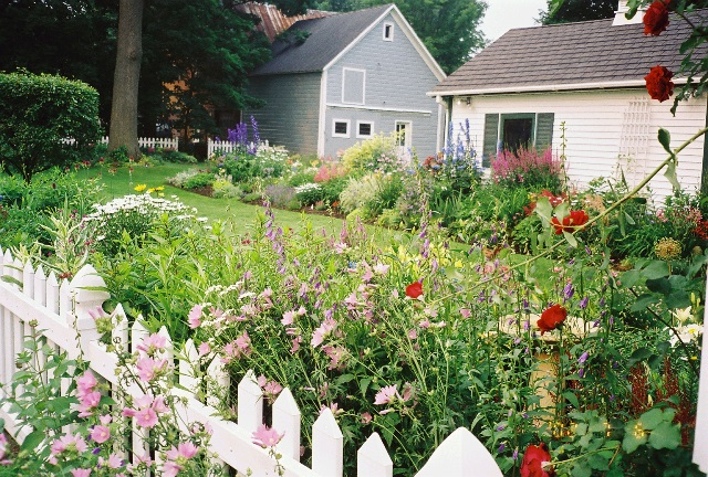 Right-Size Flower Gardens